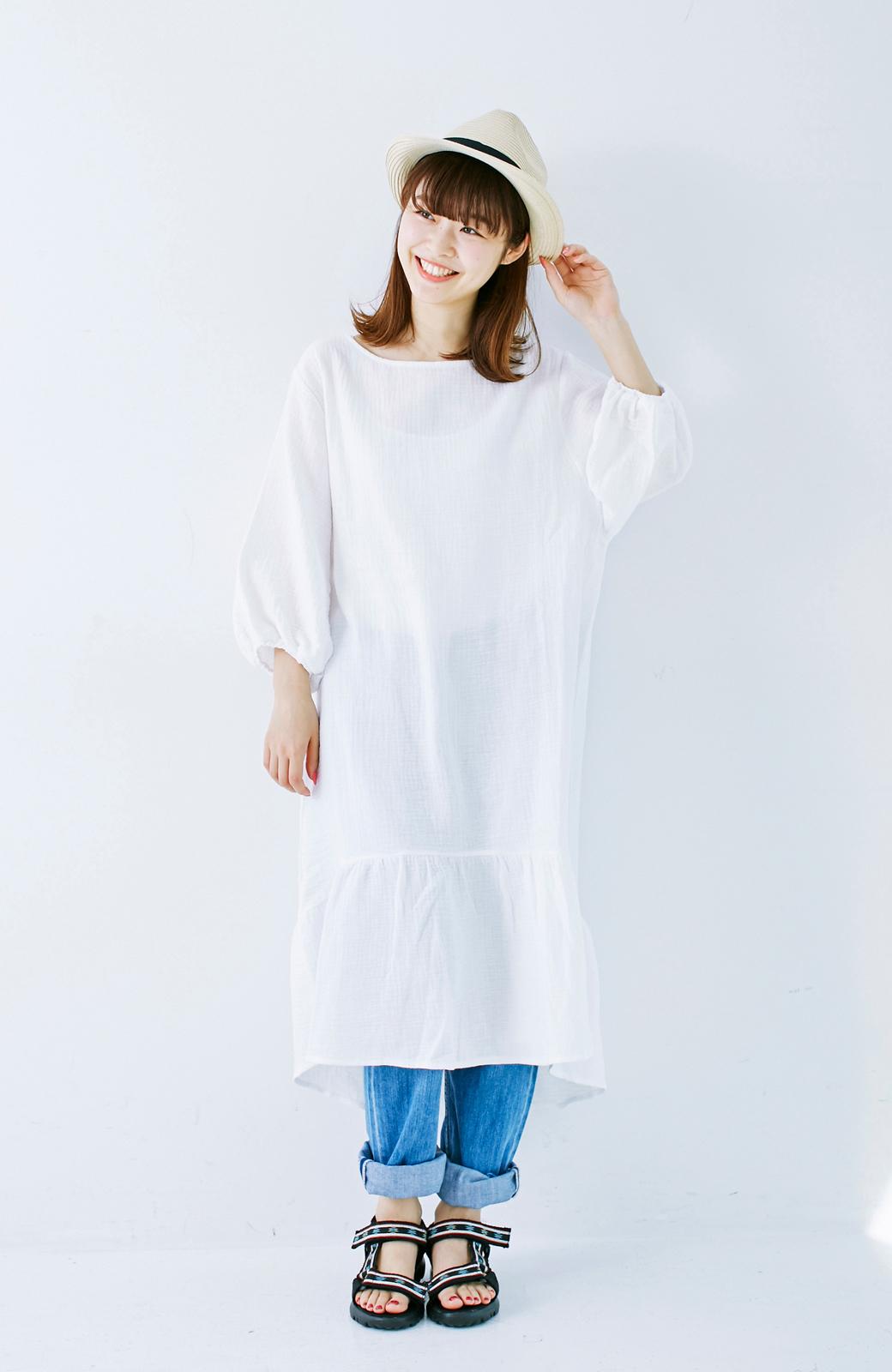nusy すぽっと着られて着心地さわやか ぽんわり袖ガーゼワンピース <ホワイト>の商品写真4