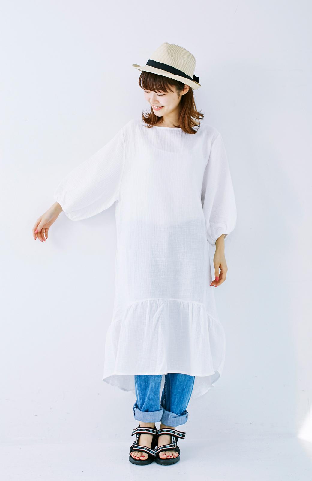 nusy すぽっと着られて着心地さわやか ぽんわり袖ガーゼワンピース <ホワイト>の商品写真12