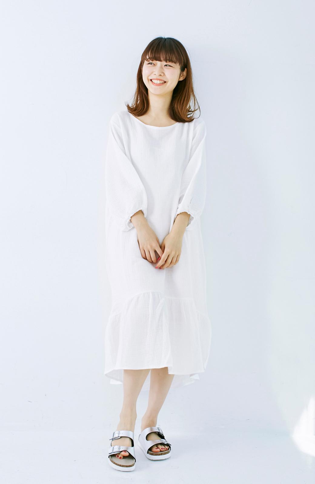 nusy すぽっと着られて着心地さわやか ぽんわり袖ガーゼワンピース <ホワイト>の商品写真6