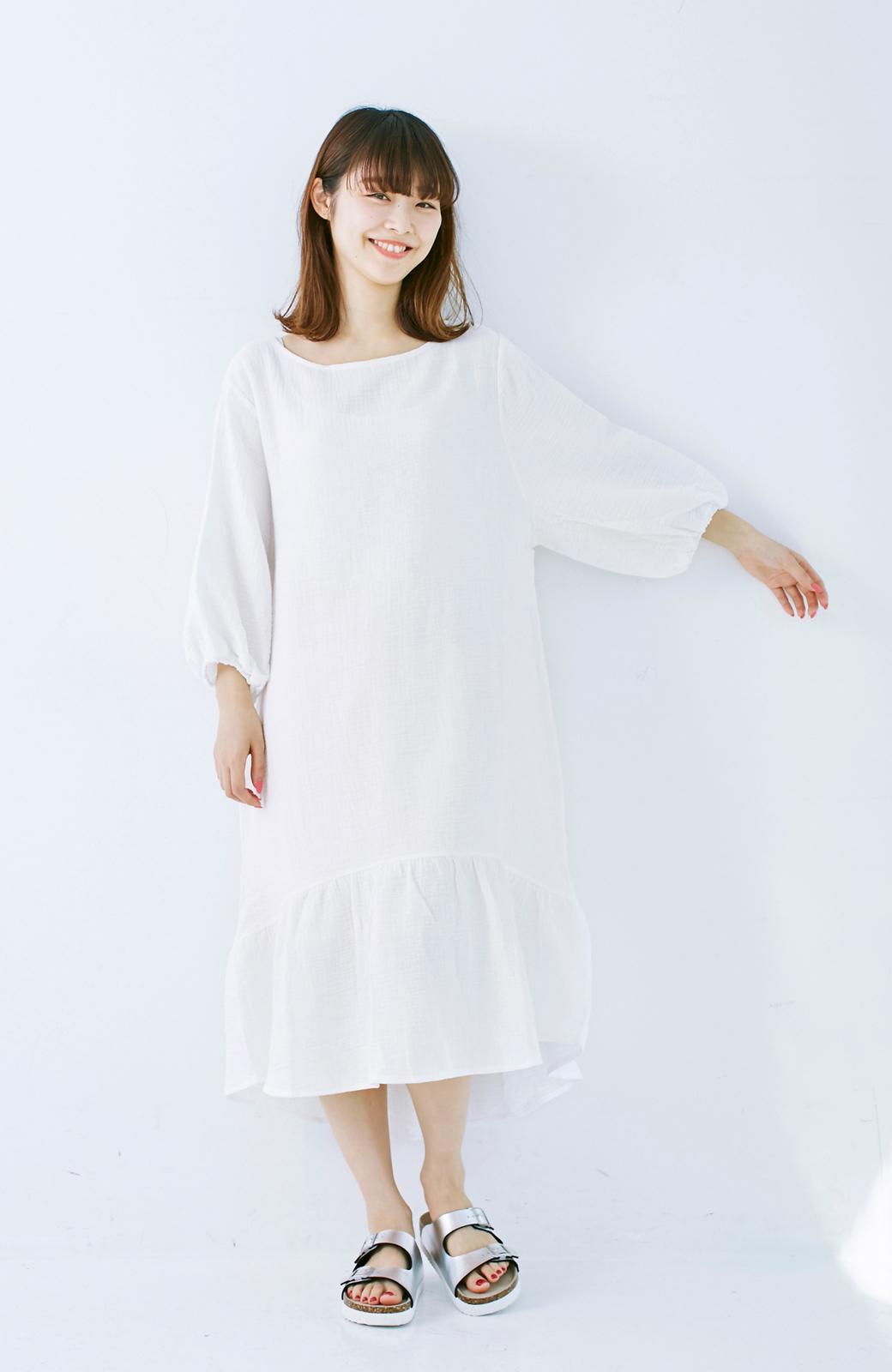 nusy すぽっと着られて着心地さわやか ぽんわり袖ガーゼワンピース <ホワイト>の商品写真8