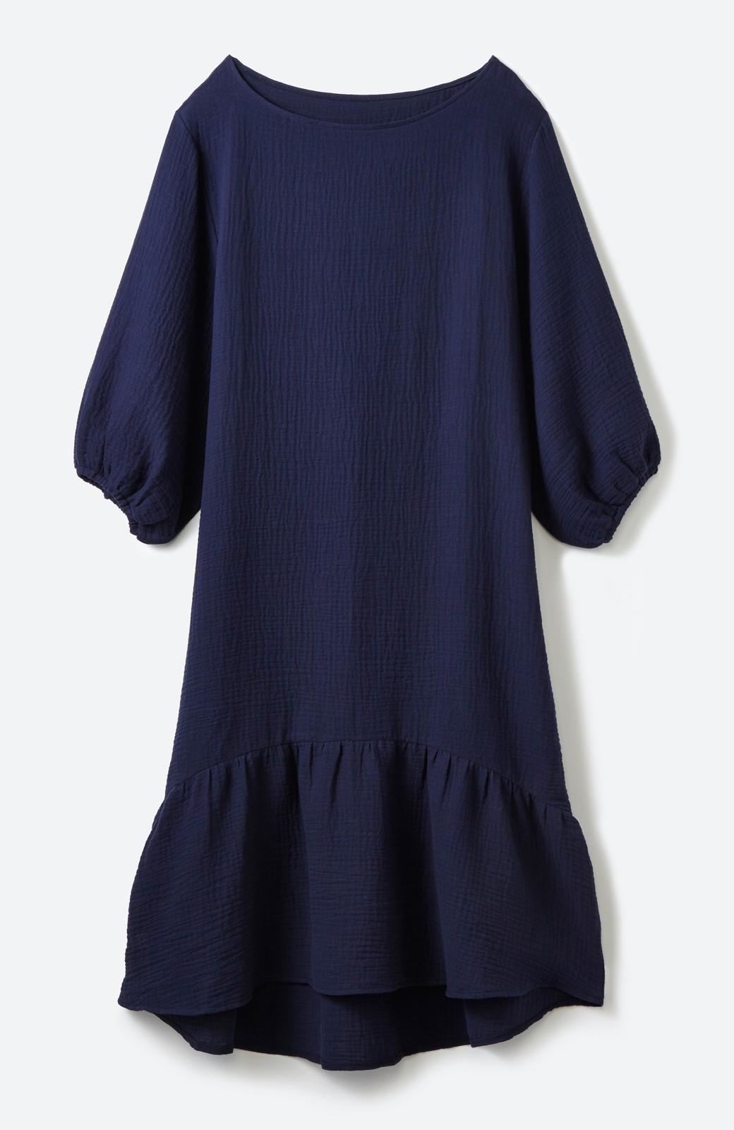 nusy すぽっと着られて着心地さわやか ぽんわり袖ガーゼワンピース <ネイビー>の商品写真2