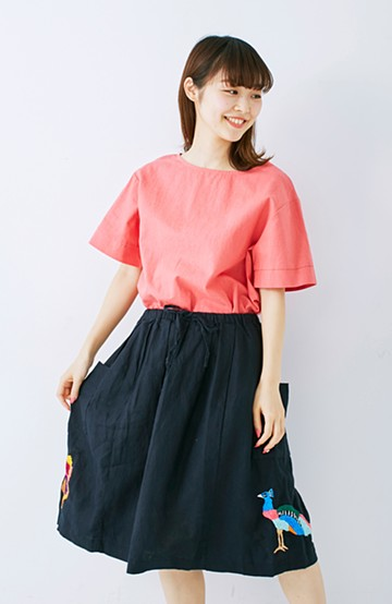haco! 二宮佐和子さんお手本刺しゅうスカート<ちょう&とり> <その他>の商品写真