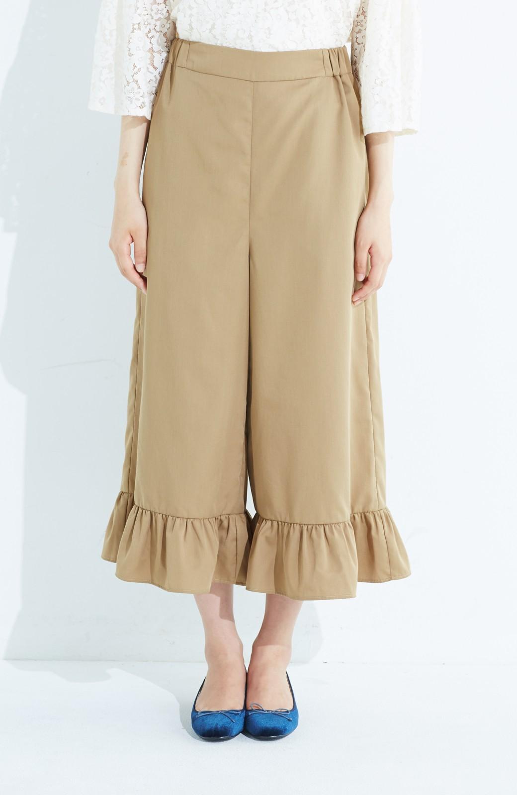 haco! スカート気分で楽しめる 華やかフレアーパンツ <ベージュ>の商品写真1