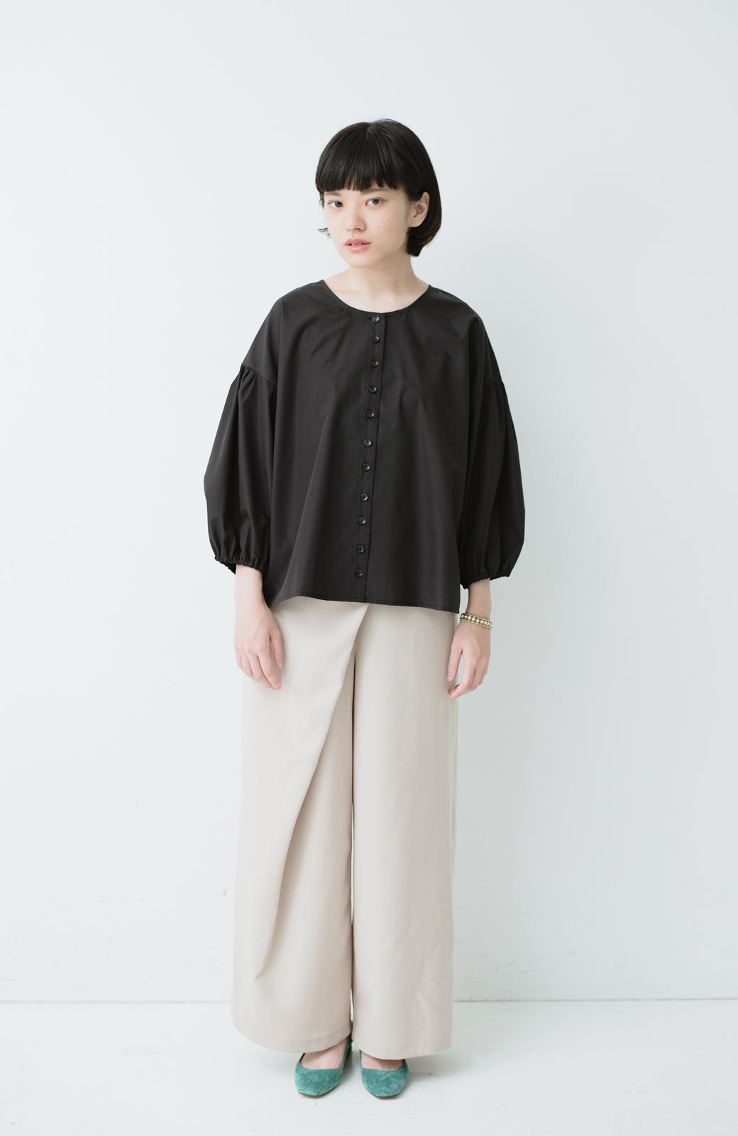 haco! うしろまえ着られるぽんわり袖ブラウス <ブラック>の商品写真4