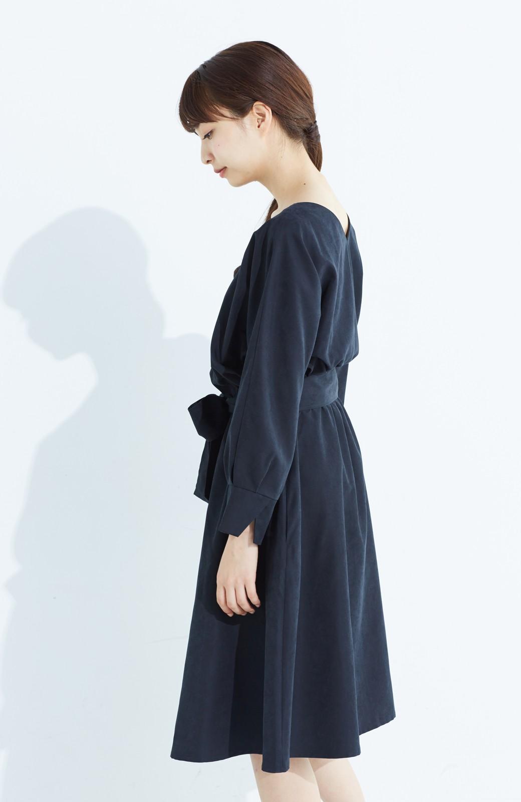 haco! 着るだけで女っぽく見える&後ろ前どちらも着られる ウエストリボンワンピース <ブラック>の商品写真20