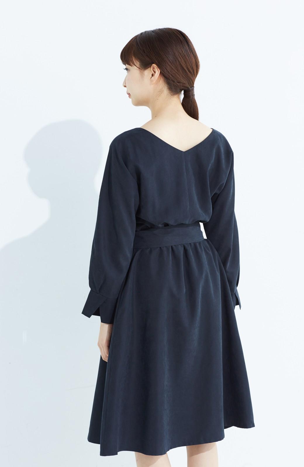 haco! 着るだけで女っぽく見える&後ろ前どちらも着られる ウエストリボンワンピース <ブラック>の商品写真21
