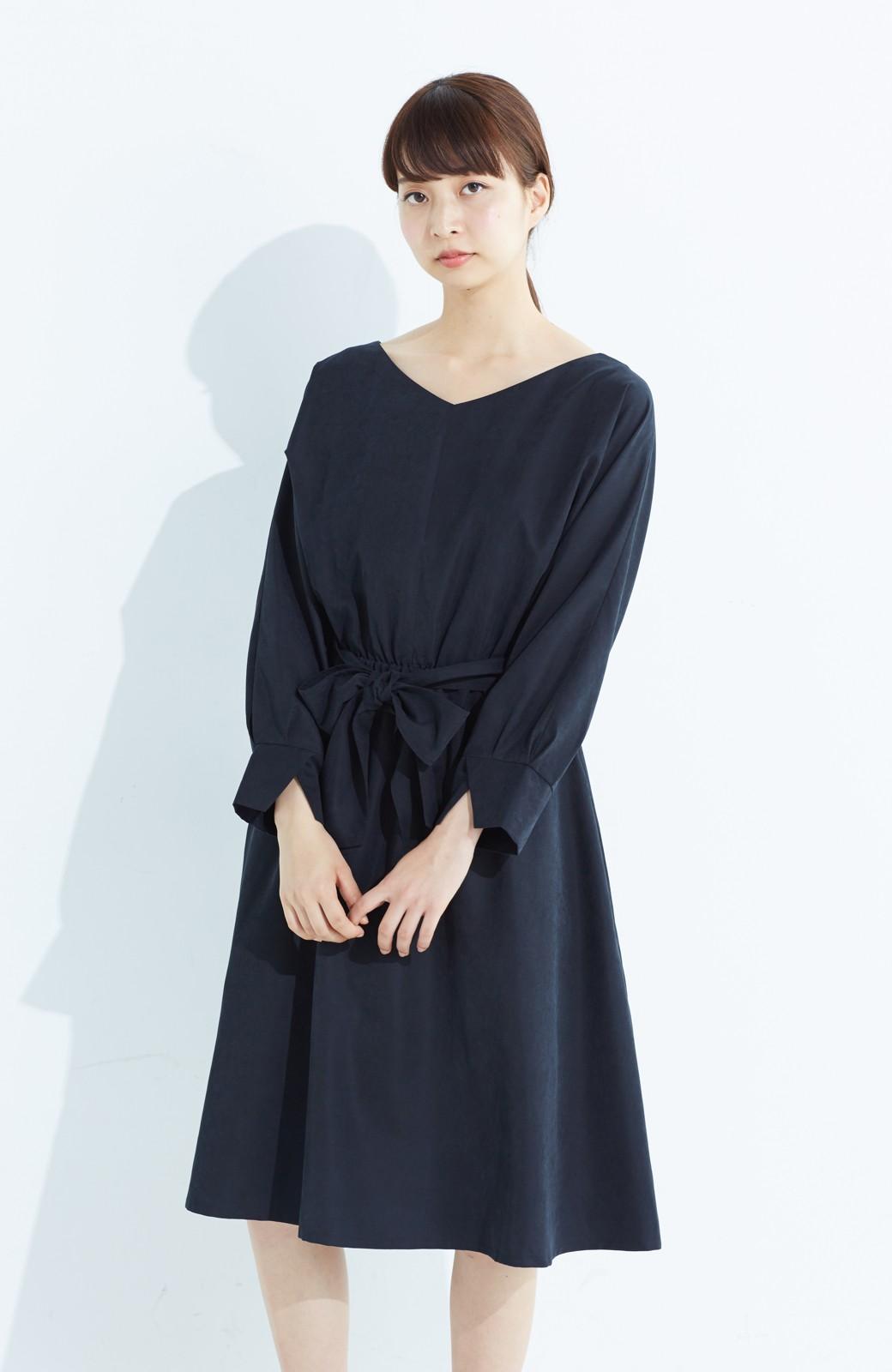 haco! 着るだけで女っぽく見える&後ろ前どちらも着られる ウエストリボンワンピース <ブラック>の商品写真13