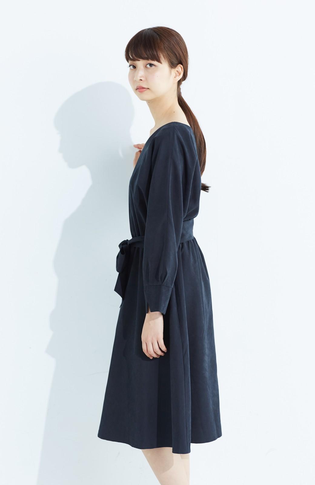 haco! 着るだけで女っぽく見える&後ろ前どちらも着られる ウエストリボンワンピース <ブラック>の商品写真15