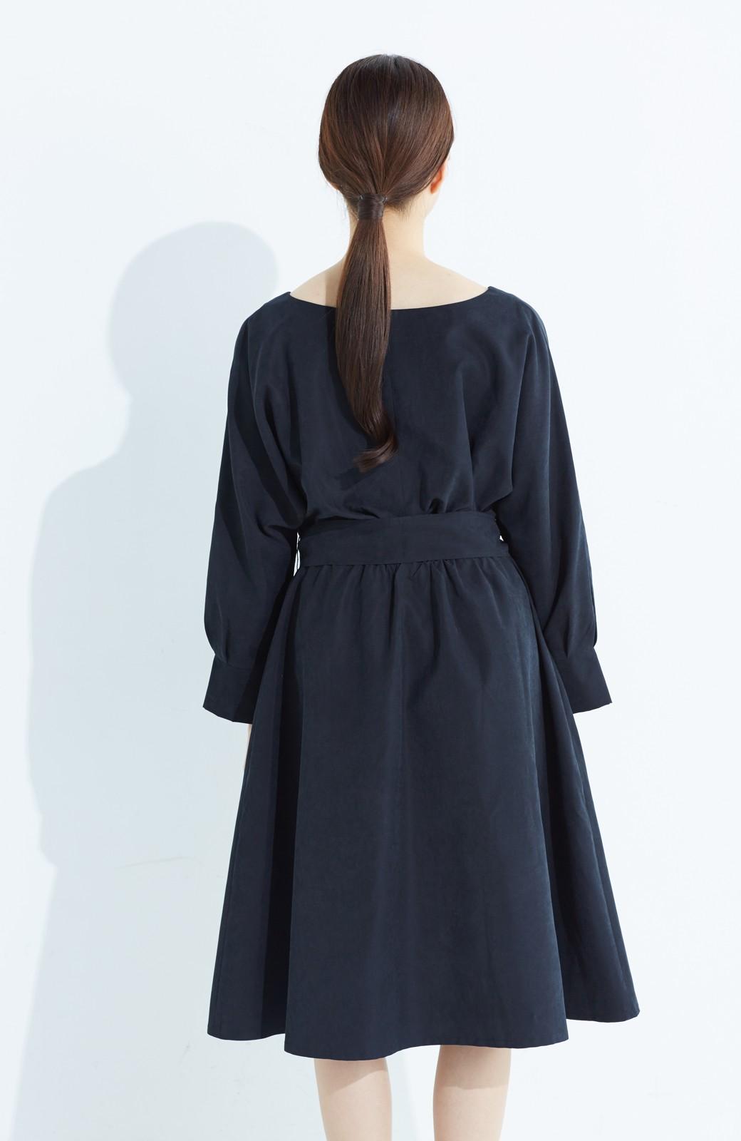 haco! 着るだけで女っぽく見える&後ろ前どちらも着られる ウエストリボンワンピース <ブラック>の商品写真16