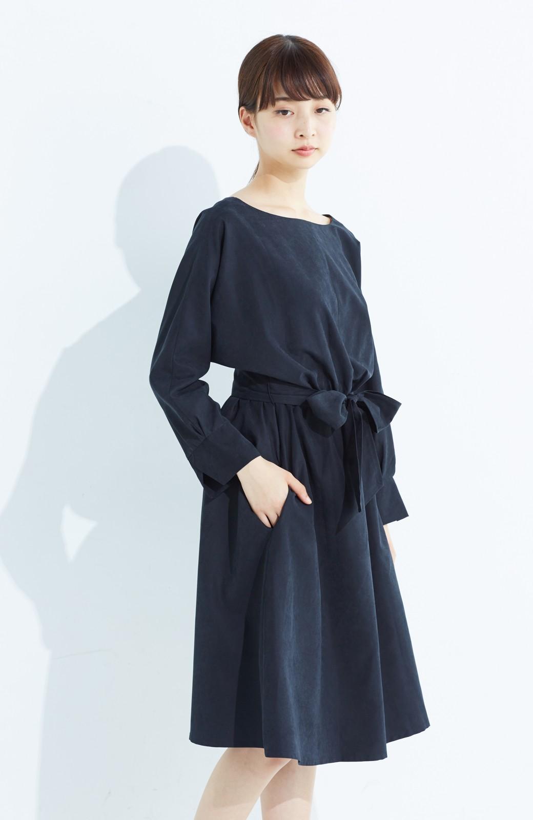 haco! 着るだけで女っぽく見える&後ろ前どちらも着られる ウエストリボンワンピース <ブラック>の商品写真19