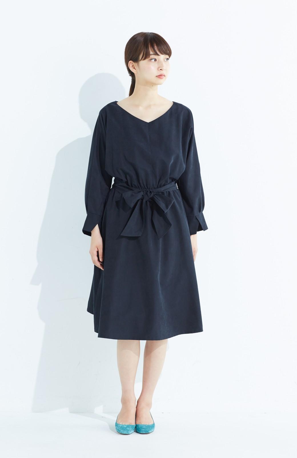 haco! 着るだけで女っぽく見える&後ろ前どちらも着られる ウエストリボンワンピース <ブラック>の商品写真5