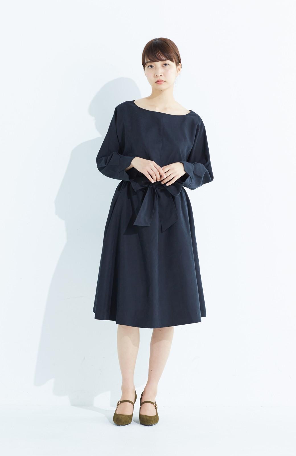 haco! 着るだけで女っぽく見える&後ろ前どちらも着られる ウエストリボンワンピース <ブラック>の商品写真8