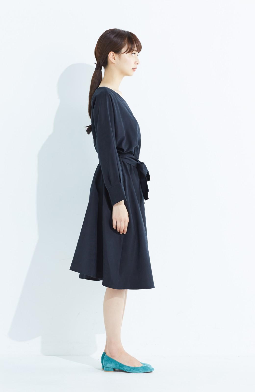 haco! 着るだけで女っぽく見える&後ろ前どちらも着られる ウエストリボンワンピース <ブラック>の商品写真10