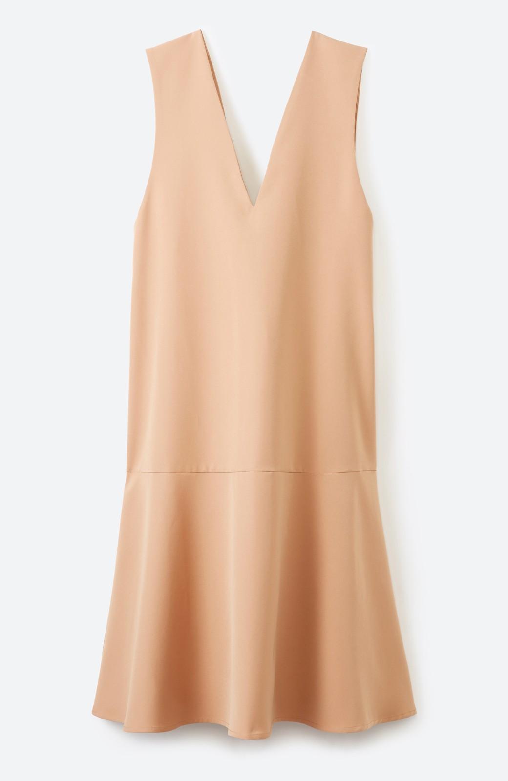 haco! パッと着て今気分&長い季節着られる すそフレアージャンパースカート <ベージュ>の商品写真1