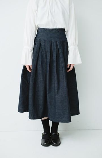 haco! Lee 細うねコーデュロイのタックプリーツスカート  <ネイビー>の商品写真