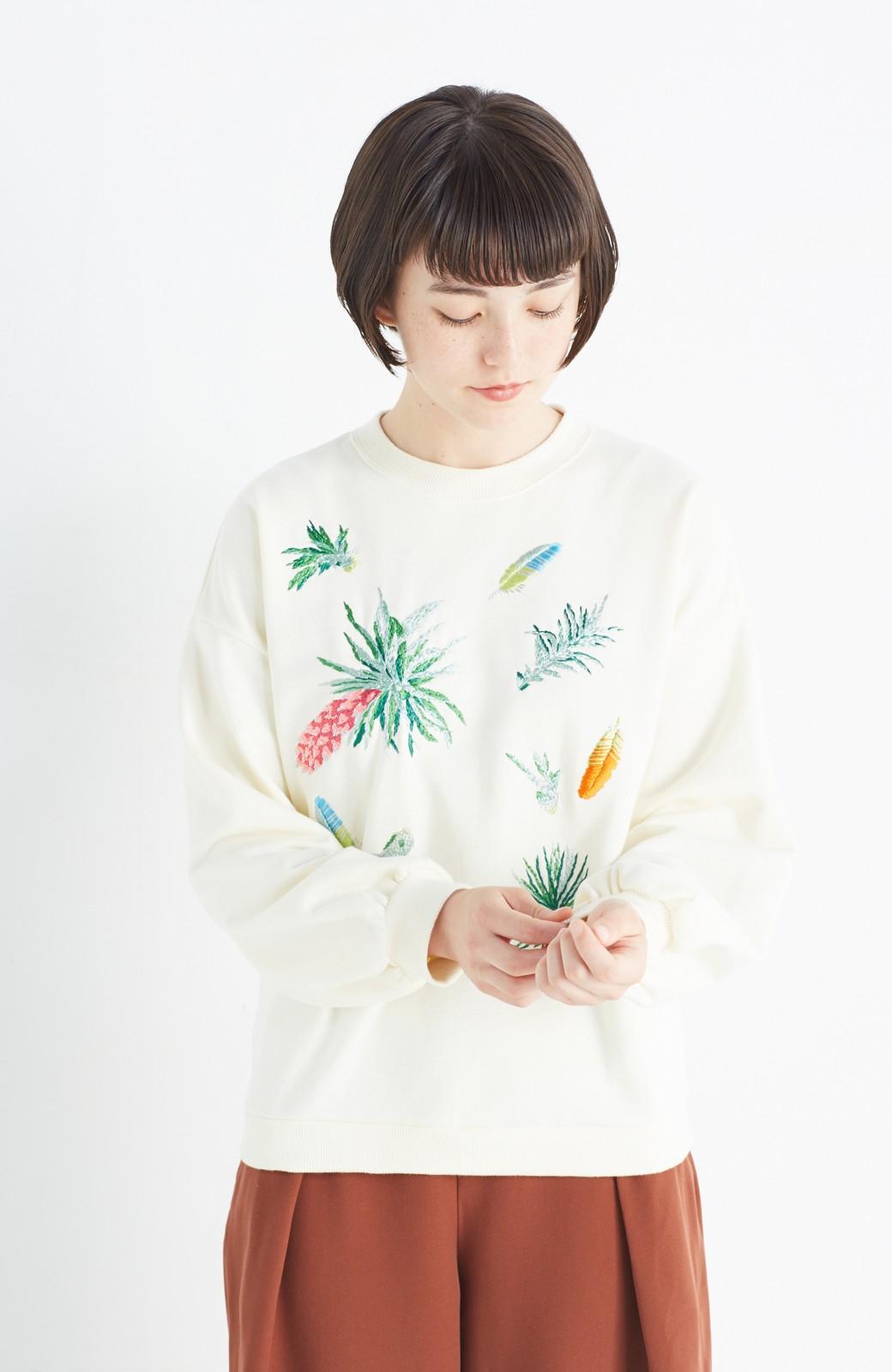 haco! 二宮佐和子さんコラボ  Where? Wear airplants 刺繍スウェット <アイボリー>の商品写真7