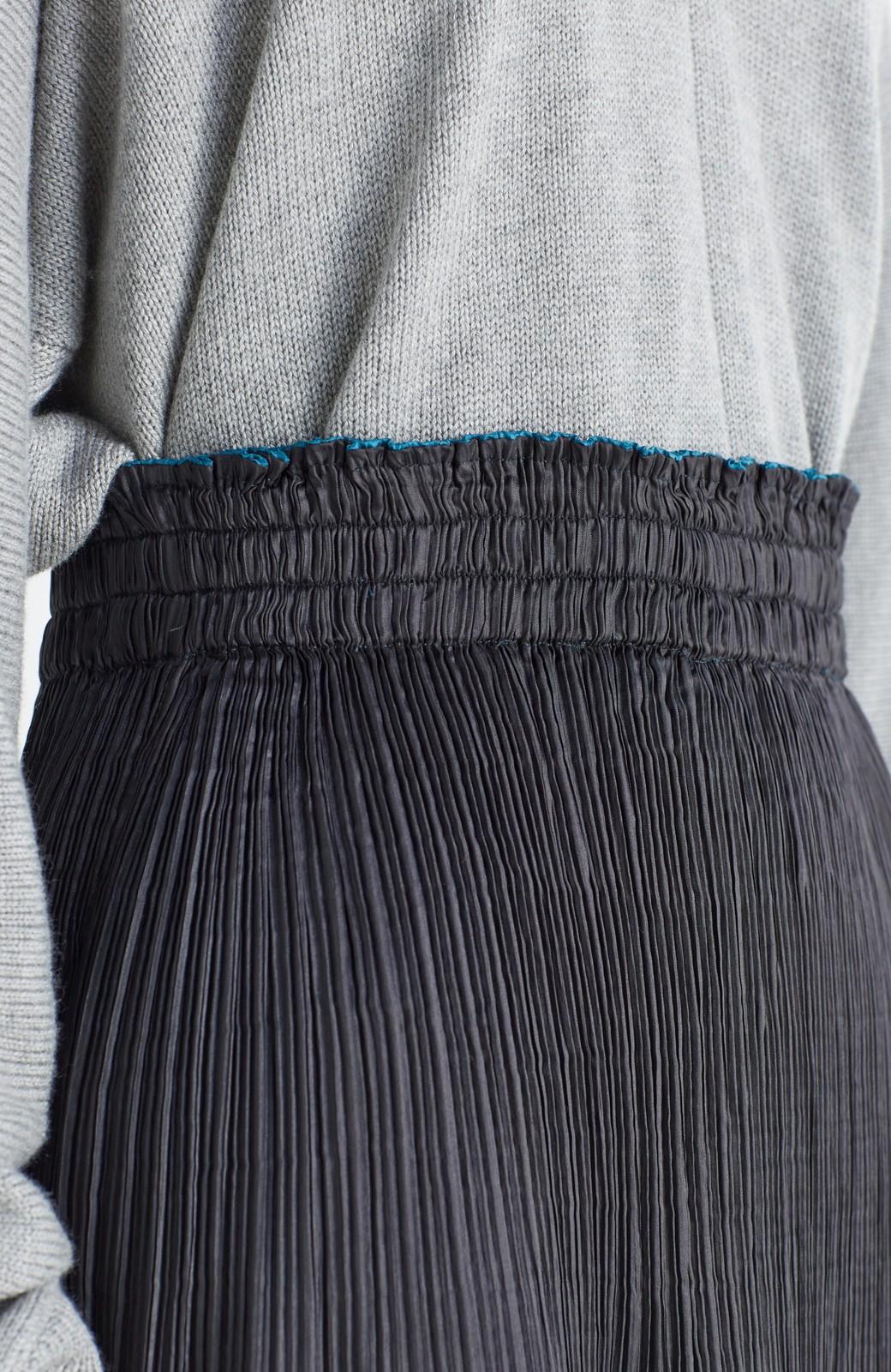 haco! 予定に合わせて楽しめる 旅にベンリなランダムプリーツリバーシブルスカート <ブラック系その他>の商品写真5