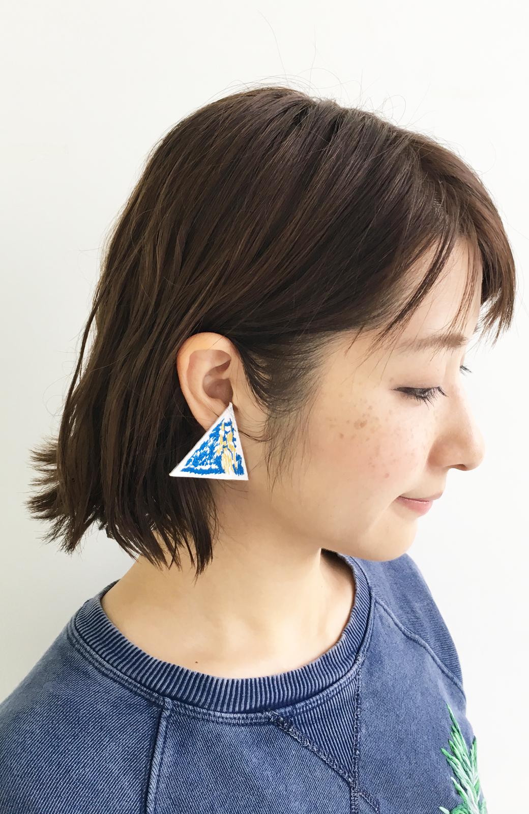 haco! てとひとて SAWAKO NINOMIYA Mt.Everest ピアス <ブルー>の商品写真2