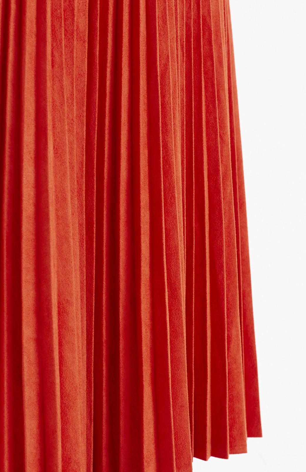 haco! 楽して女っぽい フェイクスエードのプリーツスカート  by que made me <オレンジ系その他>の商品写真3