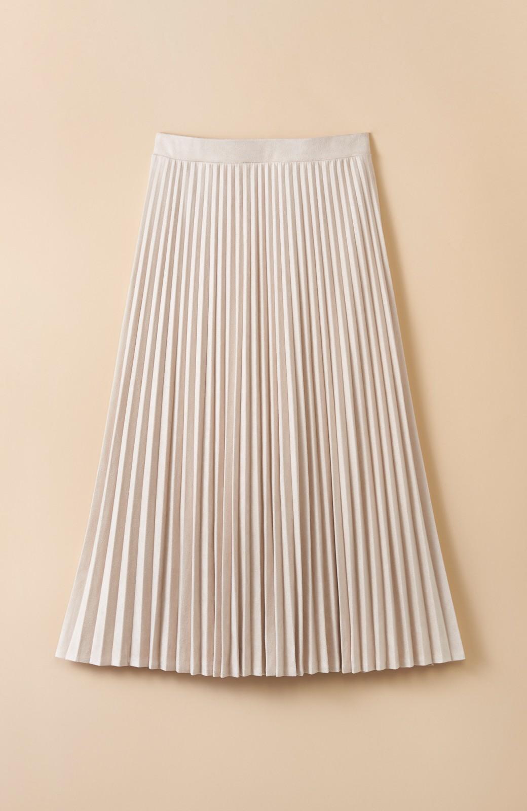 haco! 楽して女っぽい フェイクスエードのプリーツスカート  by que made me <ライトベージュ>の商品写真1