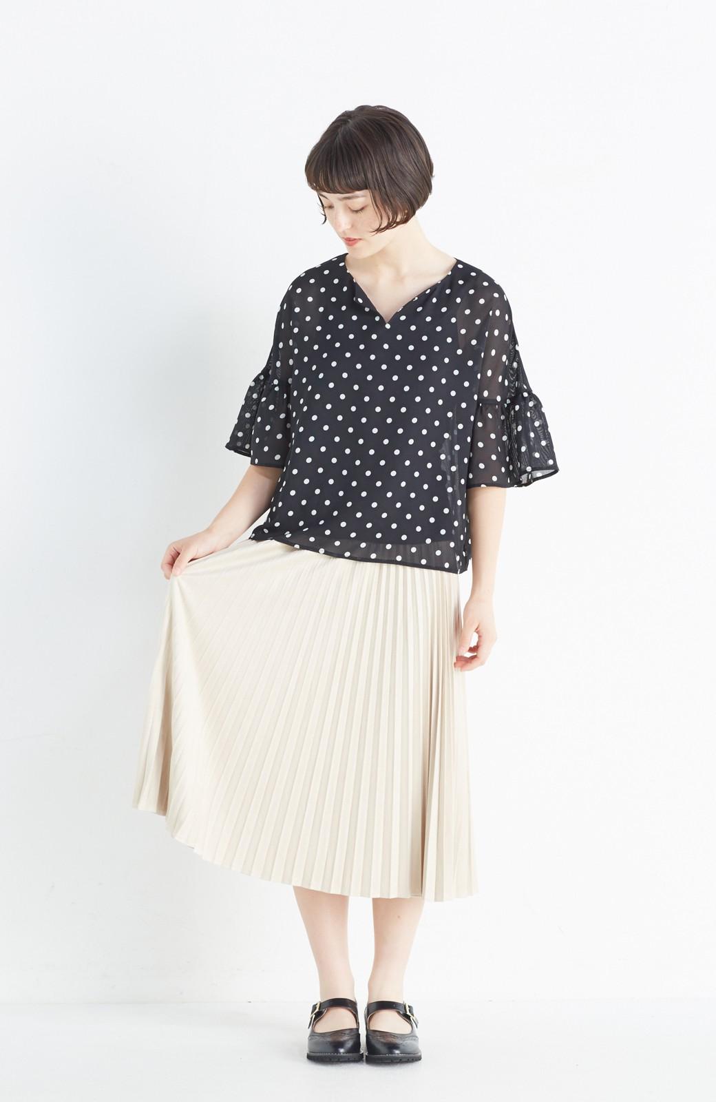 haco! 楽して女っぽい フェイクスエードのプリーツスカート  by que made me <ライトベージュ>の商品写真7