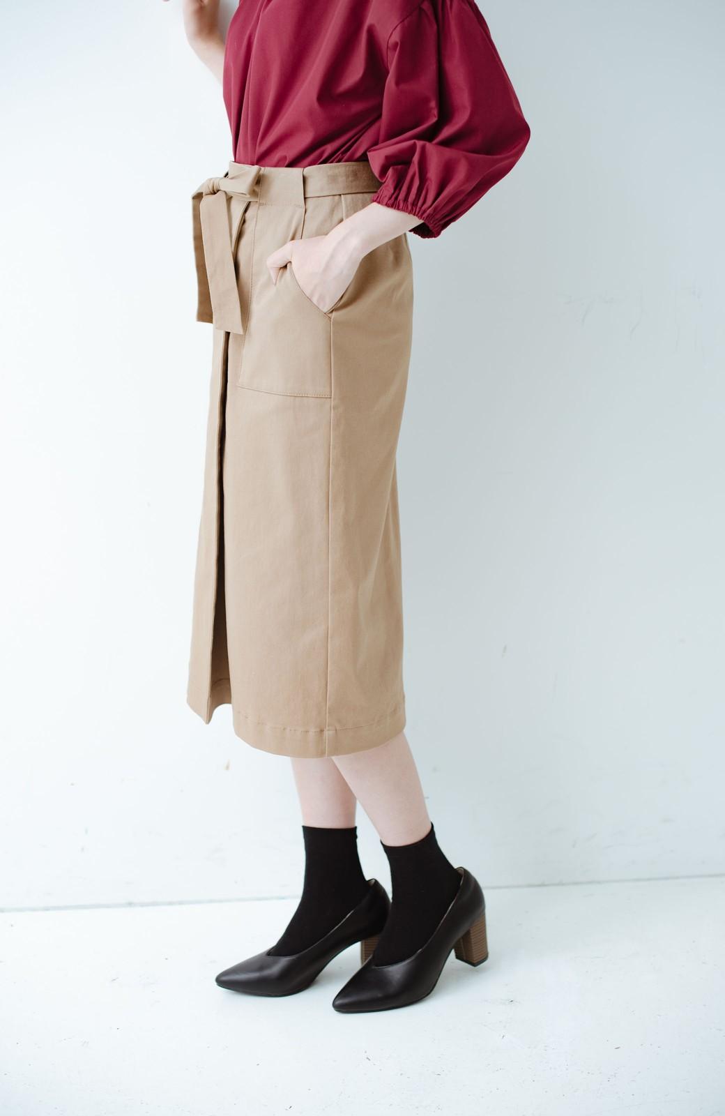 haco! パッと着るだけで女らしくてかっこいい ラップ風ストレッチスカート by que made me <ベージュ>の商品写真2