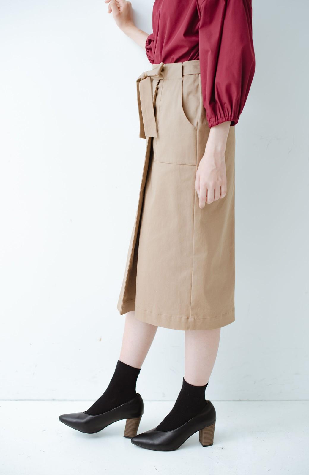 haco! パッと着るだけで女らしくてかっこいい ラップ風ストレッチスカート by que made me <ベージュ>の商品写真3