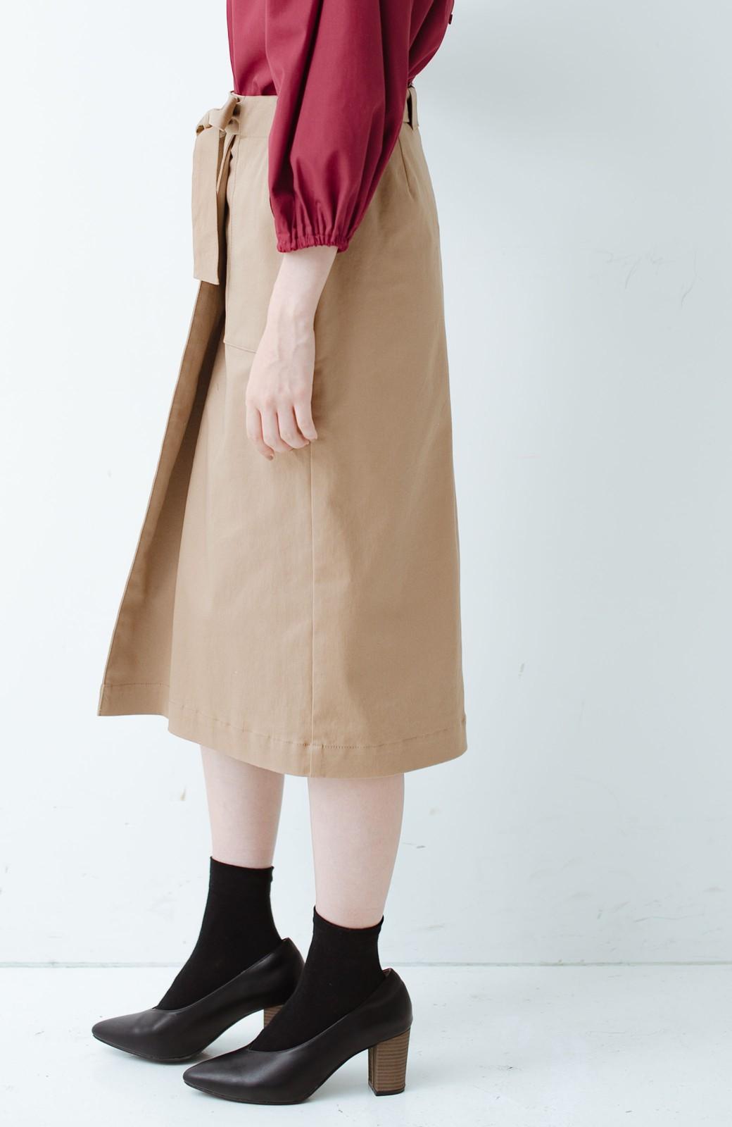 haco! パッと着るだけで女らしくてかっこいい ラップ風ストレッチスカート by que made me <ベージュ>の商品写真4