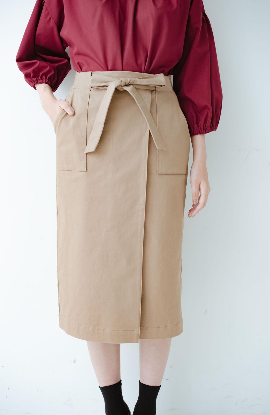 haco! パッと着るだけで女らしくてかっこいい ラップ風ストレッチスカート by que made me <ベージュ>の商品写真1
