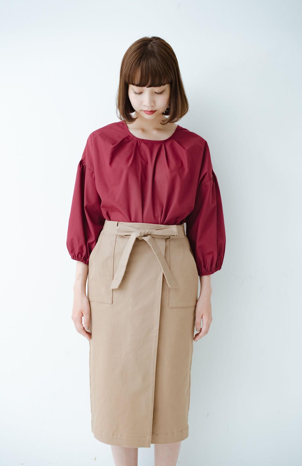 haco! パッと着るだけで女らしくてかっこいい ラップ風ストレッチスカート by que made me <ベージュ>の商品写真12