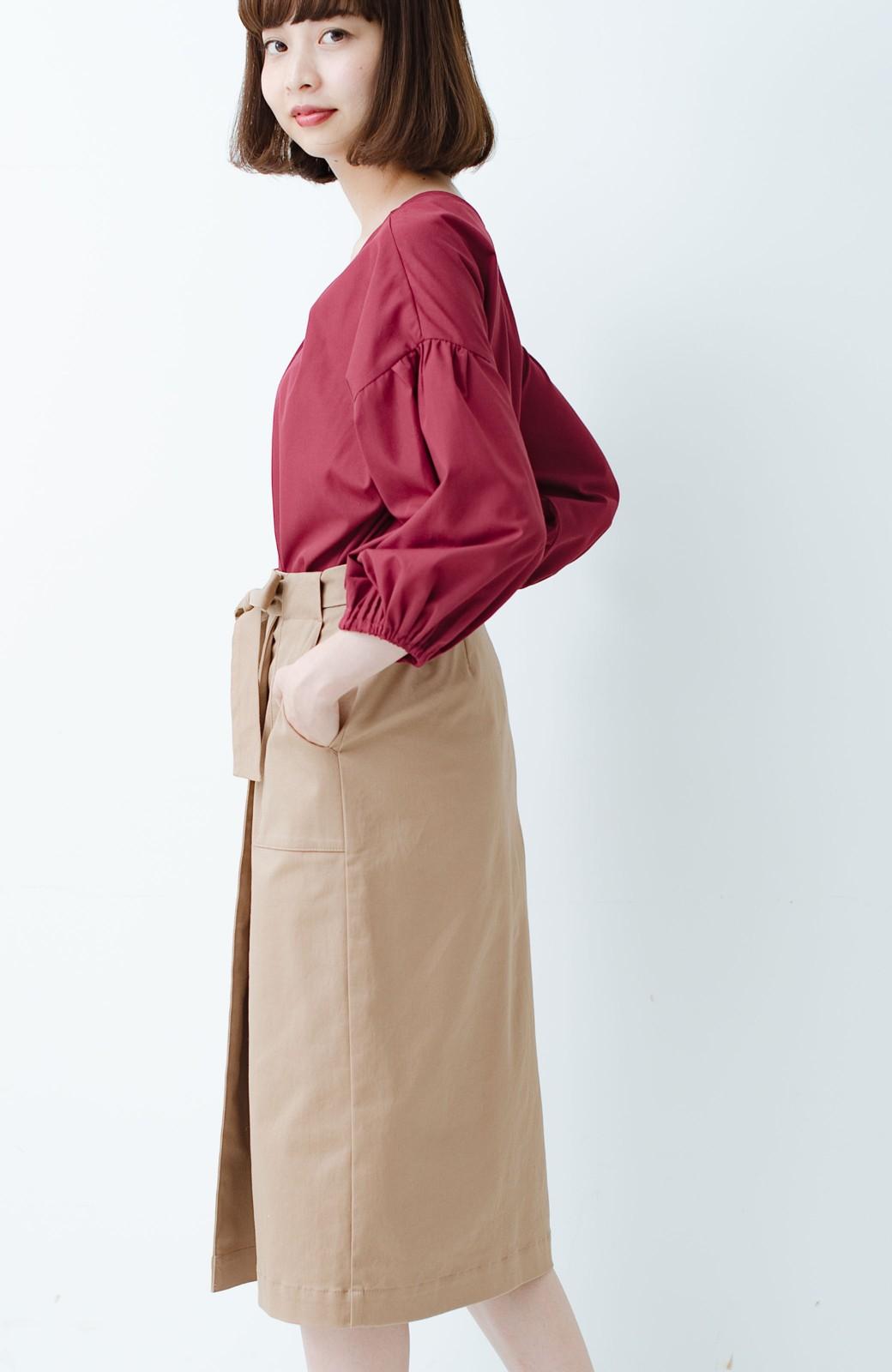 haco! パッと着るだけで女らしくてかっこいい ラップ風ストレッチスカート by que made me <ベージュ>の商品写真13