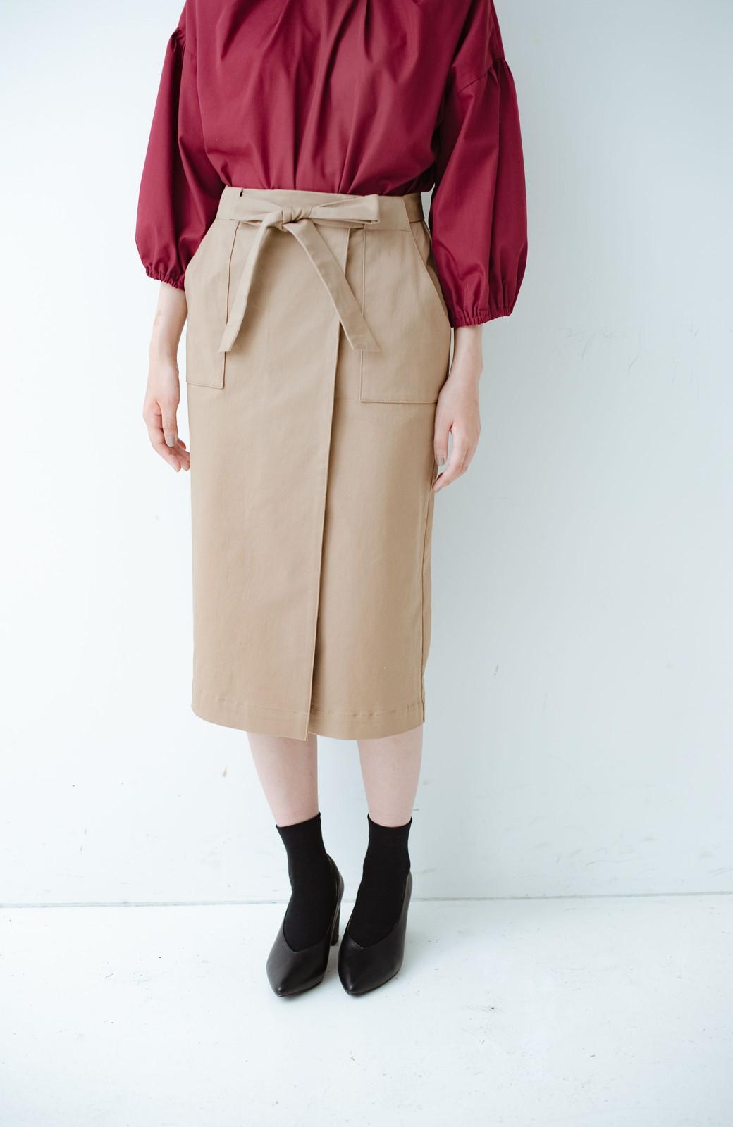 haco! パッと着るだけで女らしくてかっこいい ラップ風ストレッチスカート by que made me <ベージュ>の商品写真14
