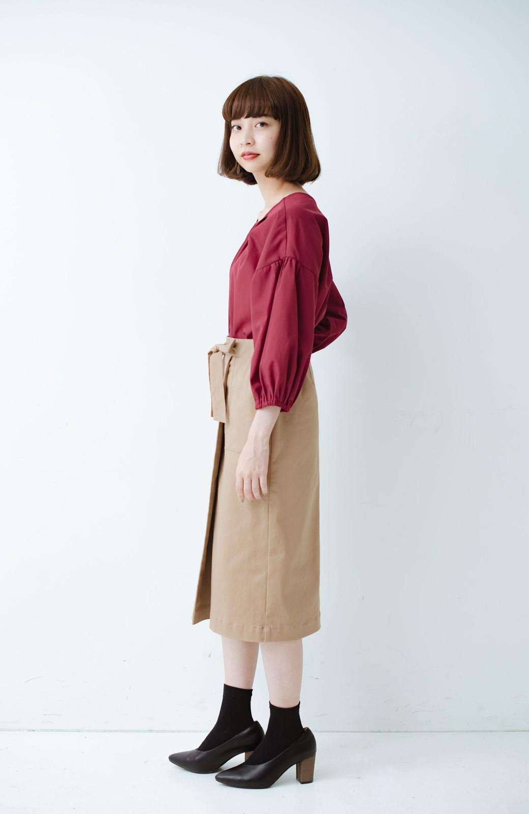 haco! パッと着るだけで女らしくてかっこいい ラップ風ストレッチスカート by que made me <ベージュ>の商品写真10