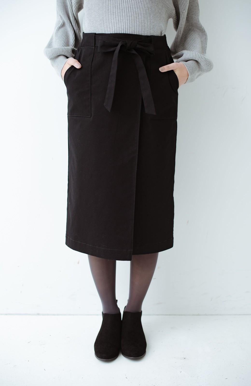 haco! パッと着るだけで女らしくてかっこいい ラップ風ストレッチスカート by que made me <ブラック>の商品写真2