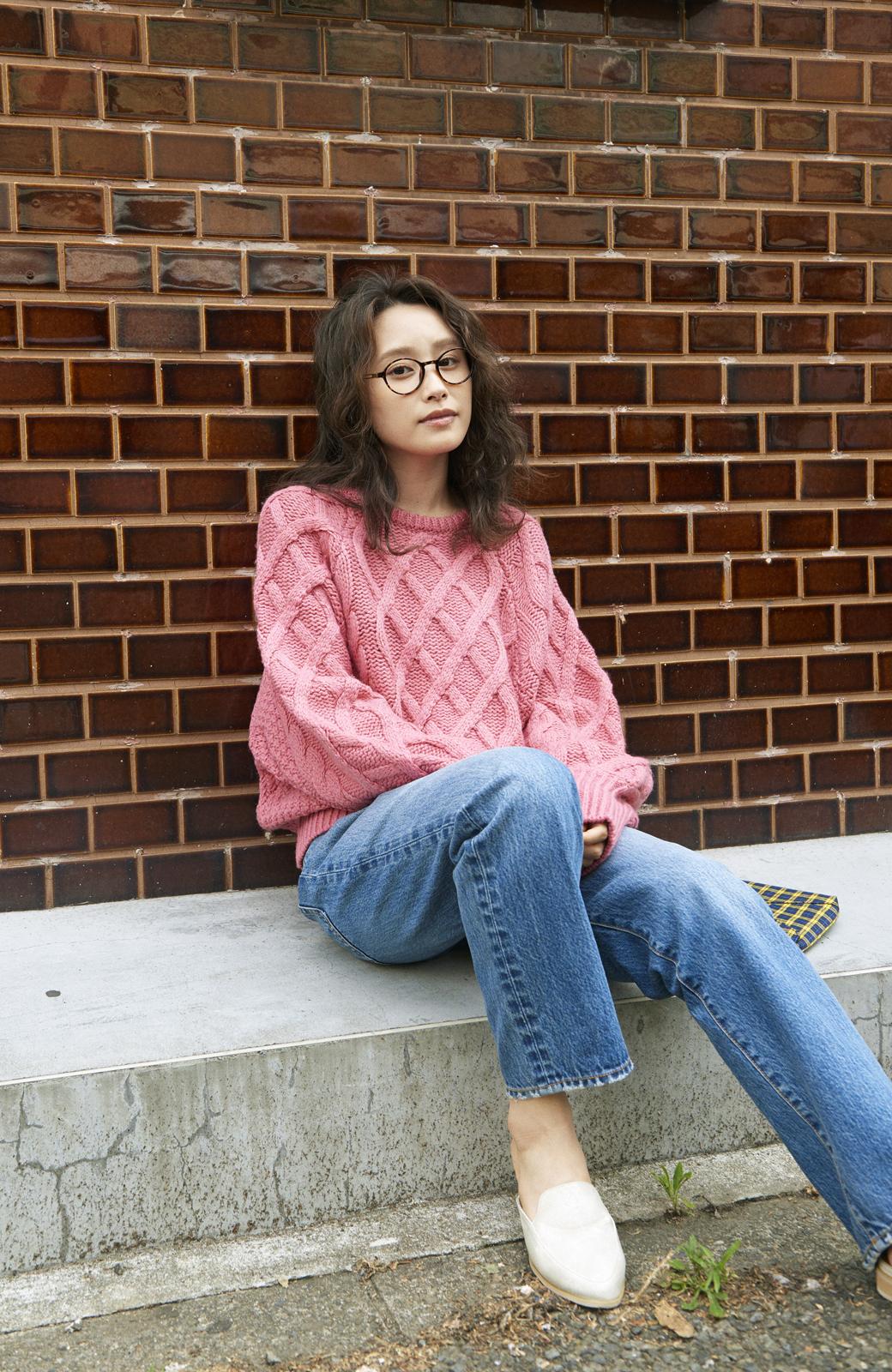 haco! <高橋愛さんコラボ>ラブ&ピースプロジェクト ミックスケーブル編みニット  <ピンク>の商品写真11