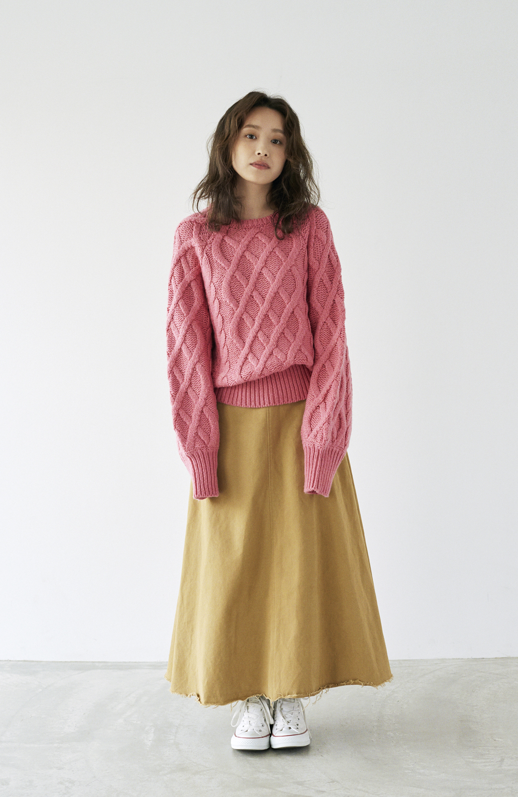 haco! <高橋愛さんコラボ>ラブ&ピースプロジェクト ミックスケーブル編みニット  <ピンク>の商品写真14