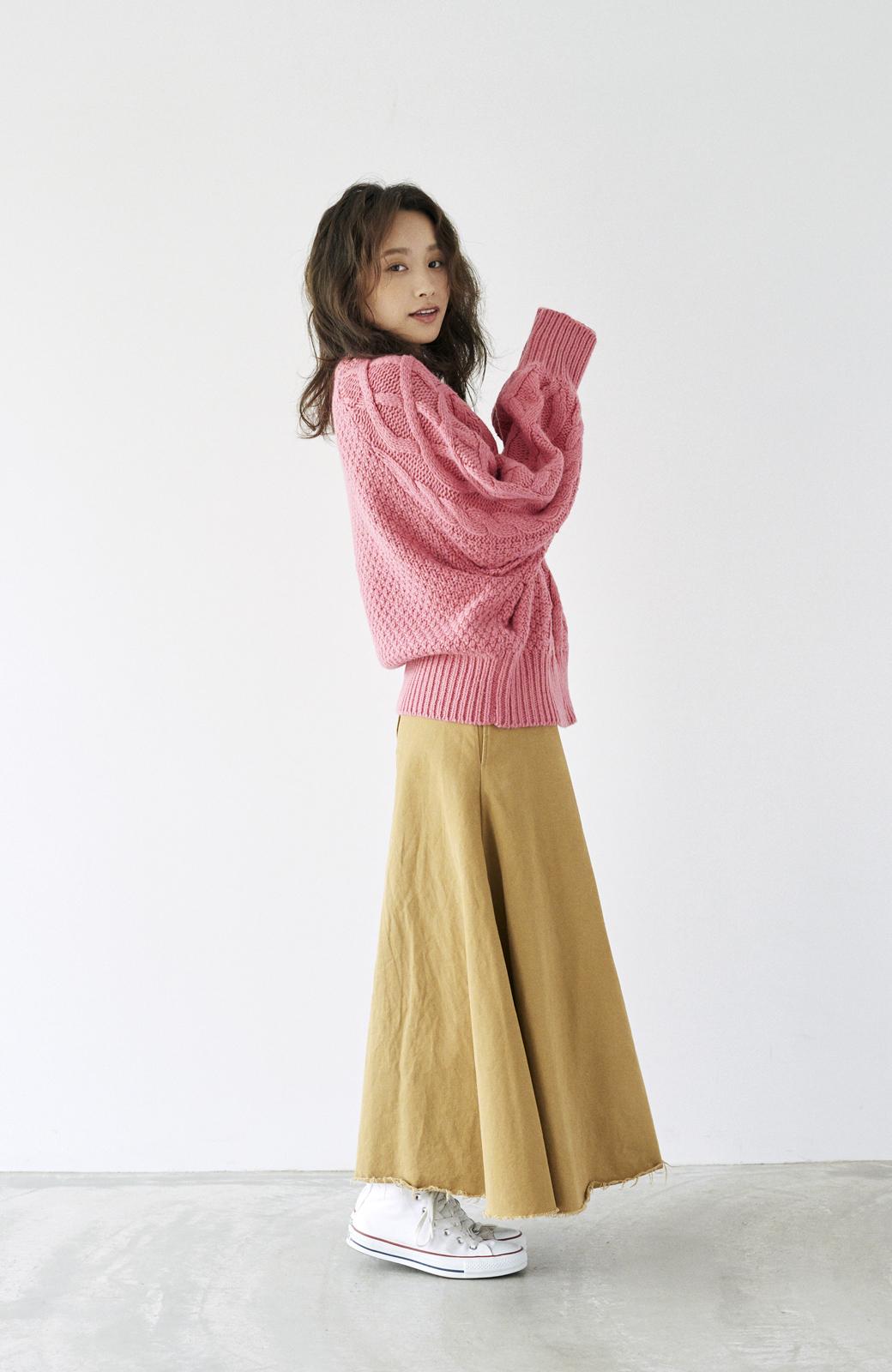 haco! <高橋愛さんコラボ>ラブ&ピースプロジェクト ミックスケーブル編みニット  <ピンク>の商品写真19