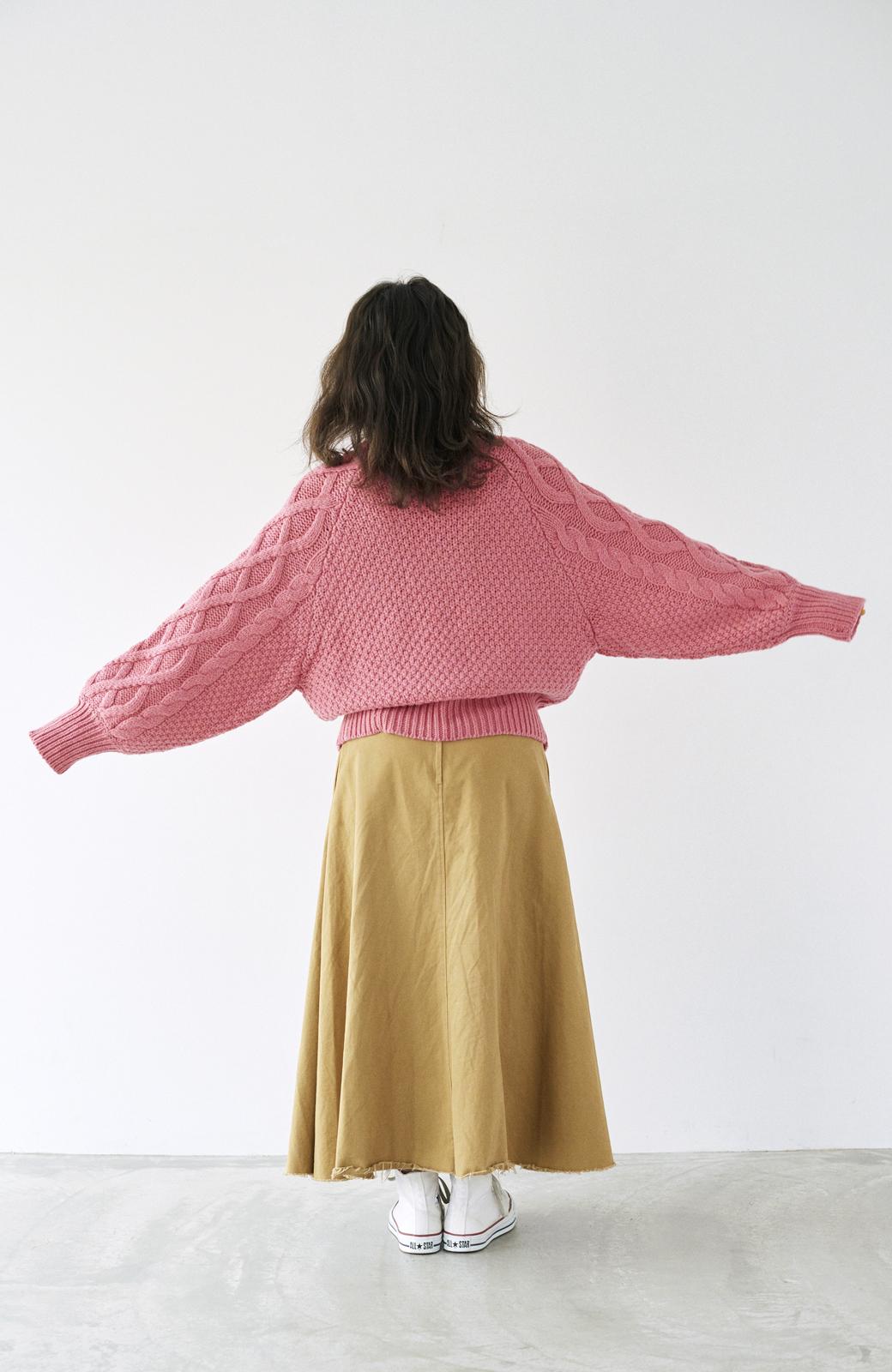 haco! <高橋愛さんコラボ>ラブ&ピースプロジェクト ミックスケーブル編みニット  <ピンク>の商品写真20
