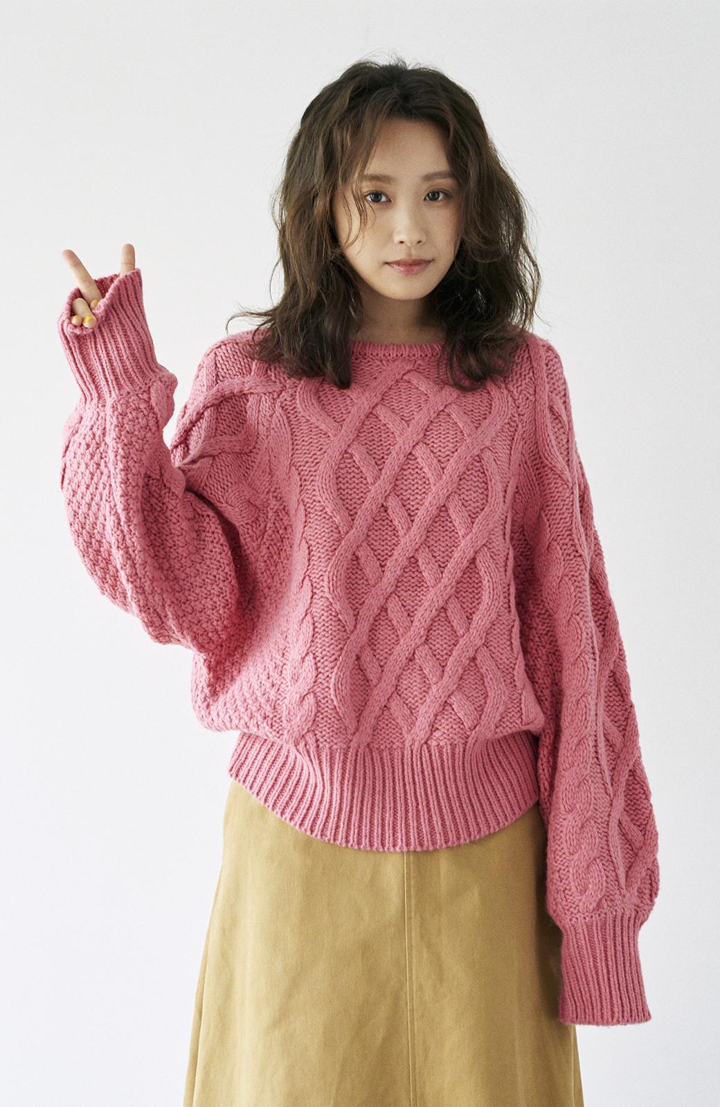 haco! <高橋愛さんコラボ>ラブ&ピースプロジェクト ミックスケーブル編みニット  <ピンク>の商品写真23