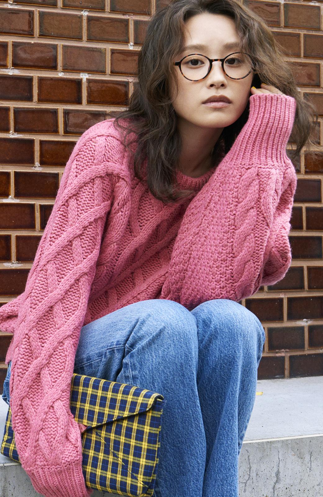 haco! <高橋愛さんコラボ>ラブ&ピースプロジェクト ミックスケーブル編みニット  <ピンク>の商品写真10