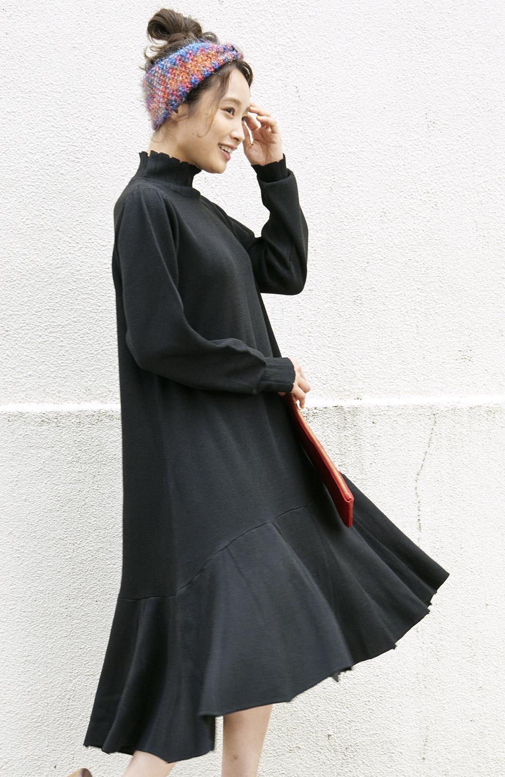 haco! <高橋愛さんコラボ>ラブ&ピースプロジェクト  フレアーヘムラインニットワンピース <ブラック>の商品写真14