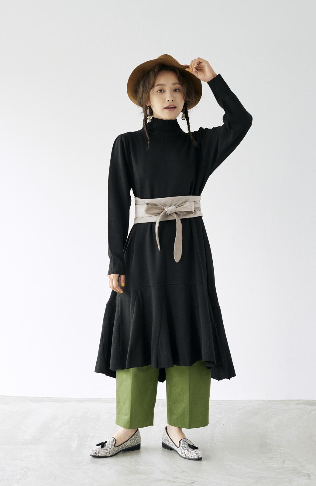 haco! <高橋愛さんコラボ>ラブ&ピースプロジェクト  フレアーヘムラインニットワンピース <ブラック>の商品写真18