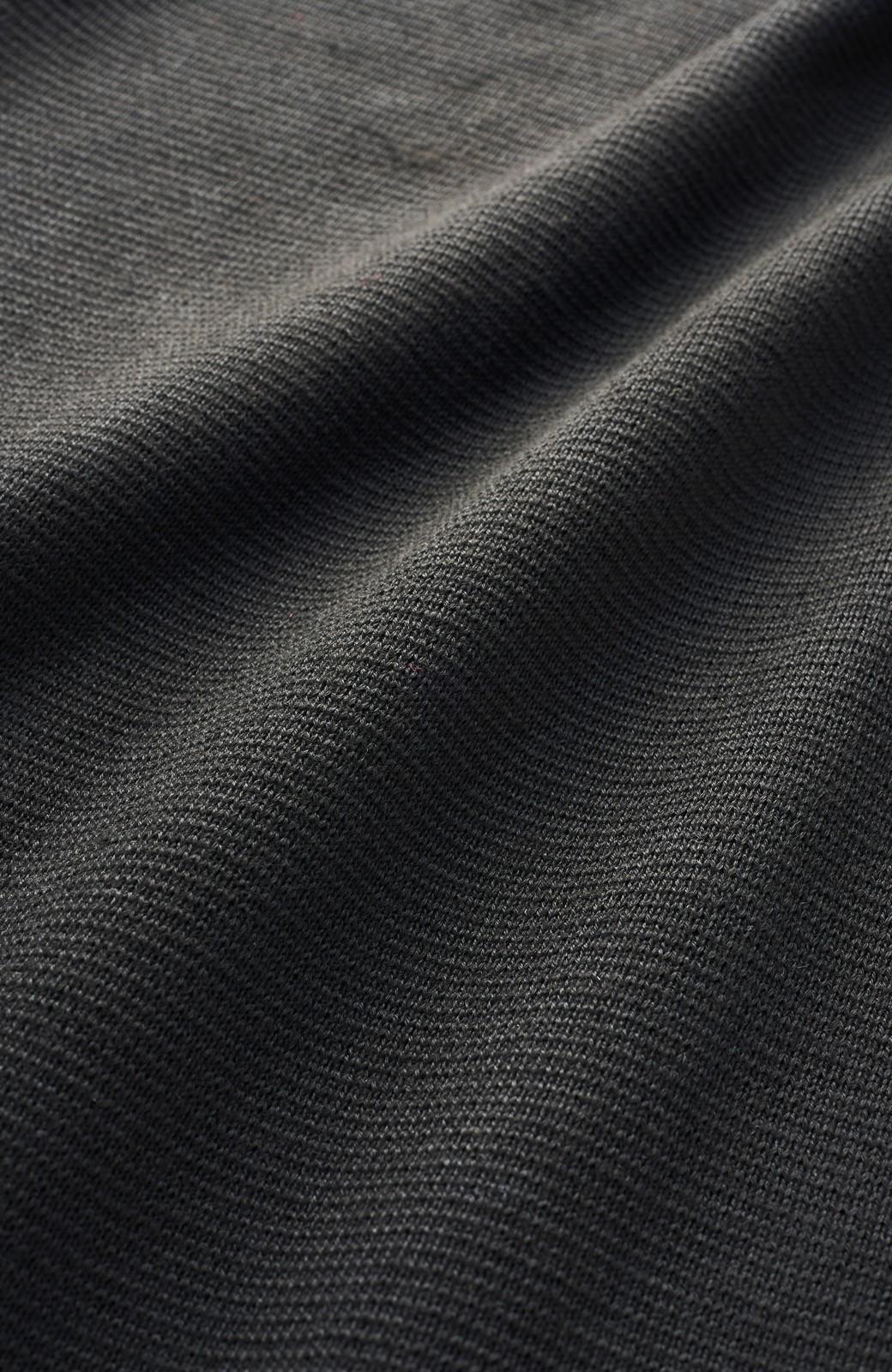 haco! <高橋愛さんコラボ>ラブ&ピースプロジェクト  フレアーヘムラインニットワンピース <ブラック>の商品写真3