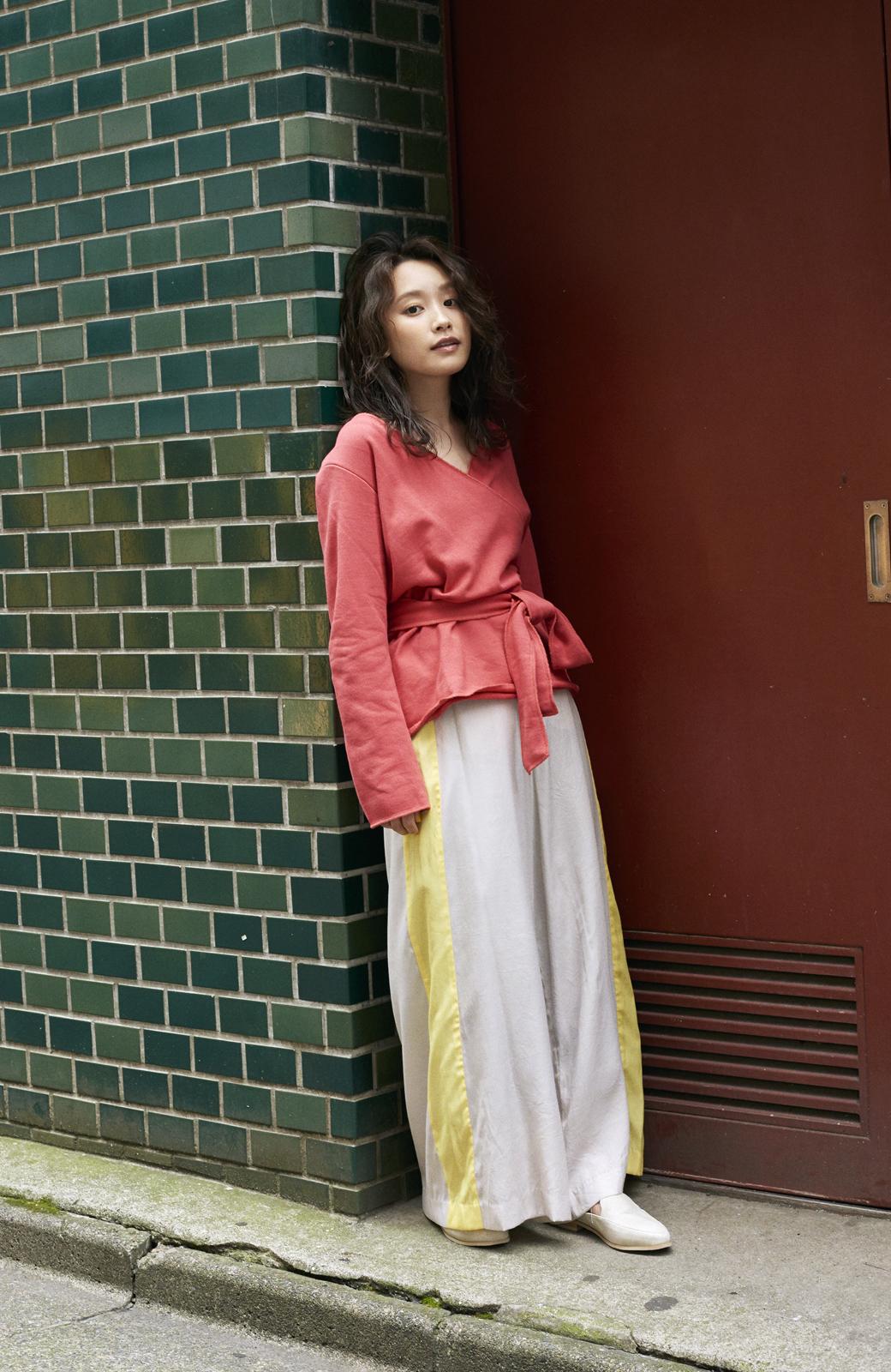 haco! <高橋愛さんコラボ>ラブ&ピースプロジェクト  カシュクールスウェットトップス <レッド>の商品写真7