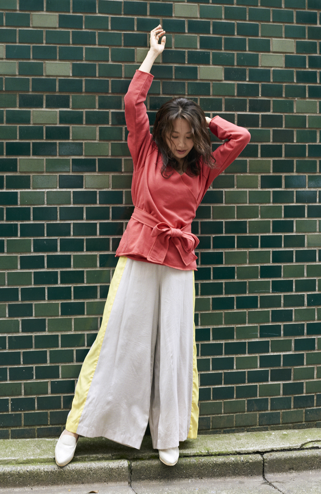 haco! <高橋愛さんコラボ>ラブ&ピースプロジェクト  カシュクールスウェットトップス <レッド>の商品写真8