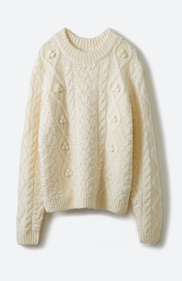 haco! 古着屋さんで見つけたようなもっふりケーブル編みセーター <オフホワイト>の商品写真