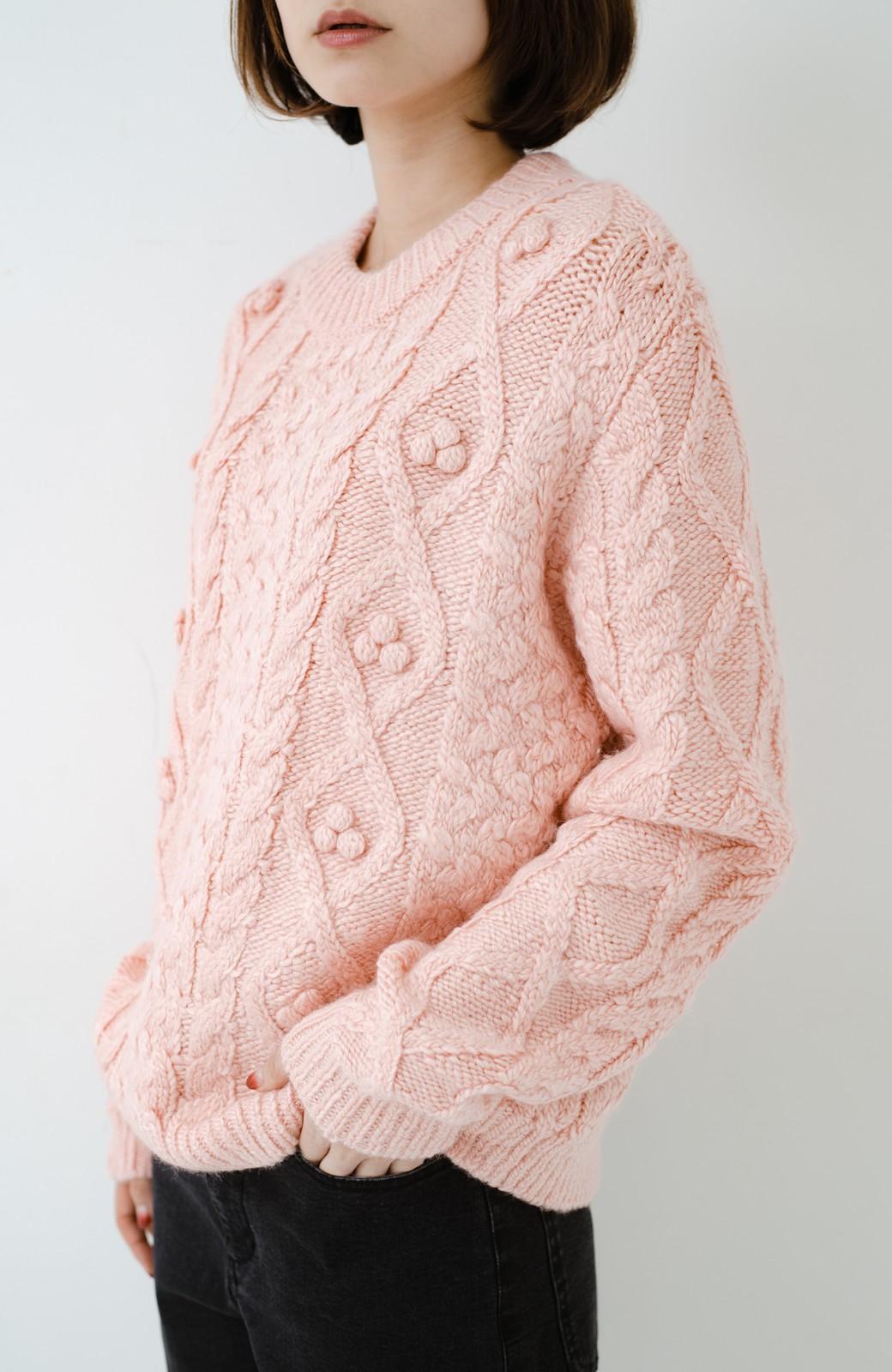 haco! 古着屋さんで見つけたようなもっふりケーブル編みセーター <ピンク>の商品写真2
