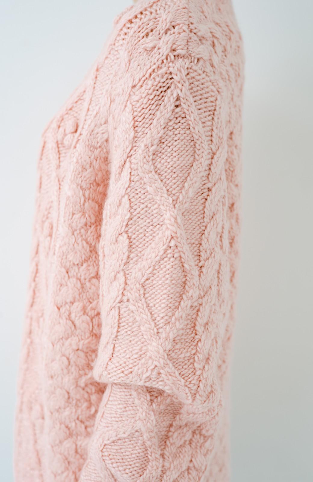haco! 古着屋さんで見つけたようなもっふりケーブル編みセーター <ピンク>の商品写真5