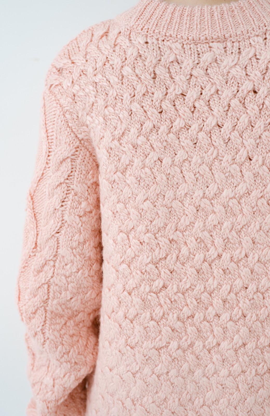 haco! 古着屋さんで見つけたようなもっふりケーブル編みセーター <ピンク>の商品写真6