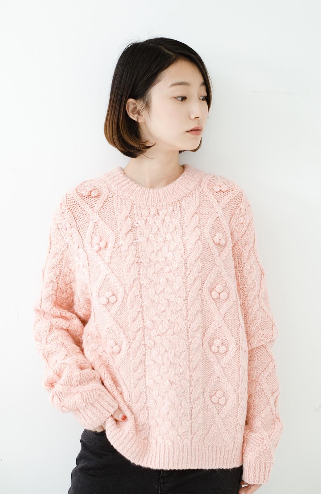 haco! 古着屋さんで見つけたようなもっふりケーブル編みセーター <ピンク>の商品写真14
